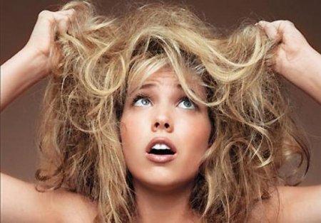 Как защитить волосы в летнюю жару