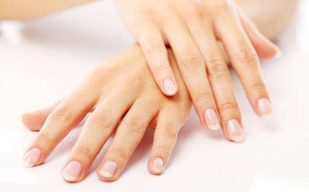 Натуральные средства для ухода за ногтями